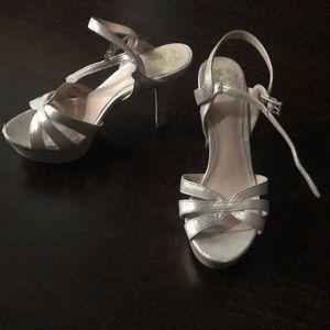 Vince Camuto sandal heels size 36.5